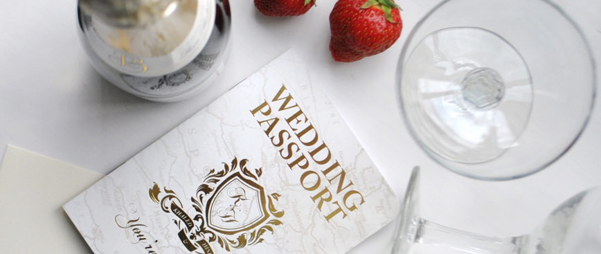 Foil blocking and the reasons why you should definitely consider it for your wedding stationery if you're looking to add a touch of luxury!